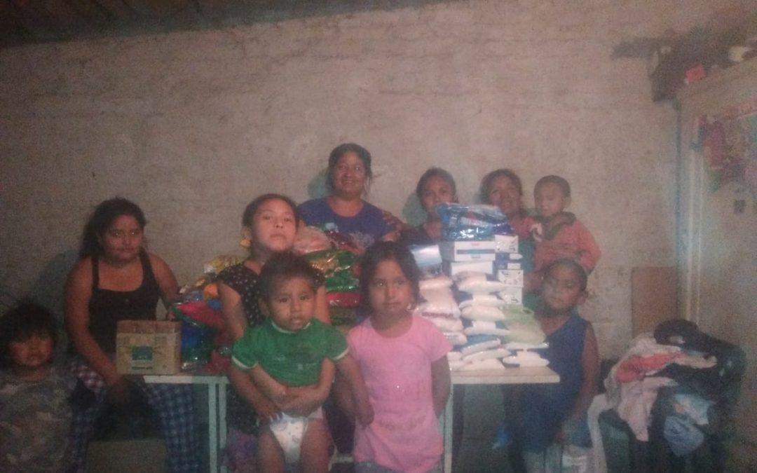 Entrega de juguetes al comedor Pueblos Originarios Hijos de la Tierra